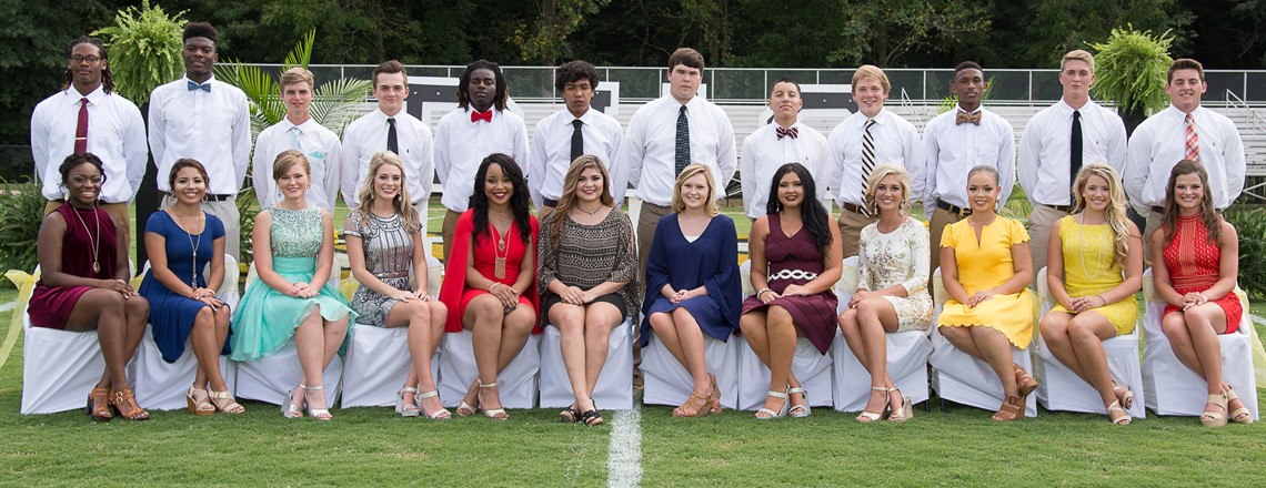 2016 Homecoming Court and Escorts