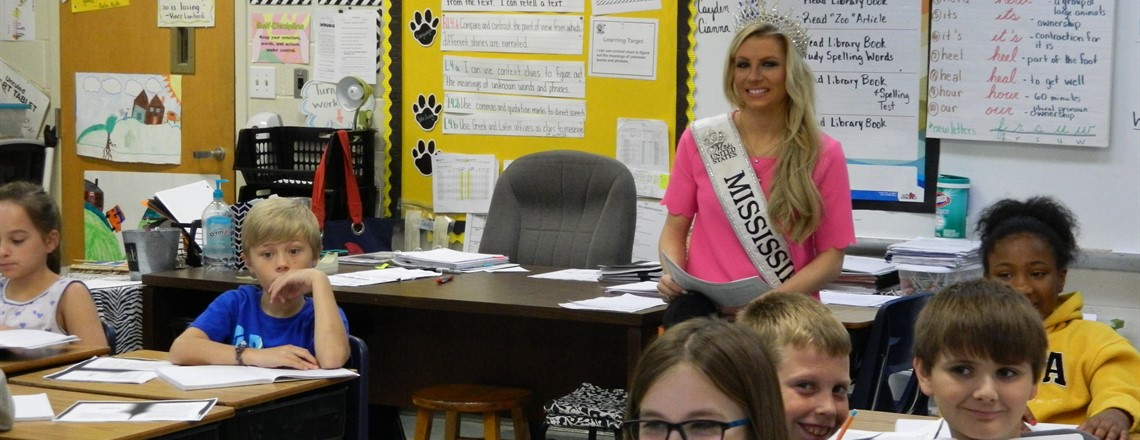 Mrs. Mississippi speaks to a Fourth Grade Class!