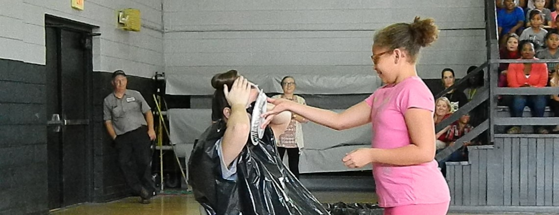 Mrs. Dillard gets pied for fourth grade!