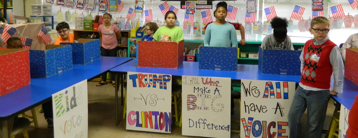RES students vote in Mock Election!