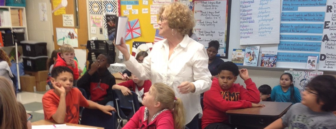 Mrs. Tidwell reads to 4th Grade Classes!