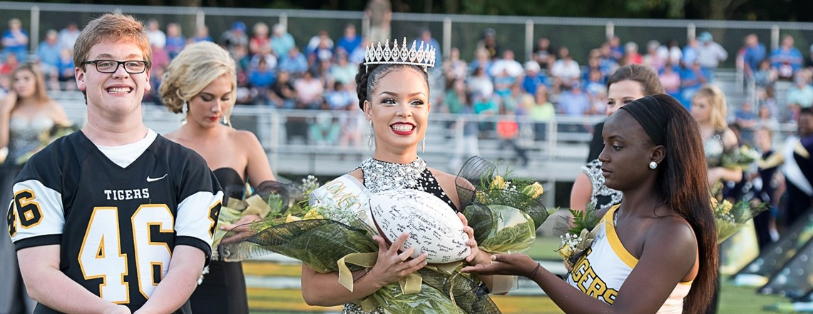 Queen Kasia Fisher, Homecoming 2016