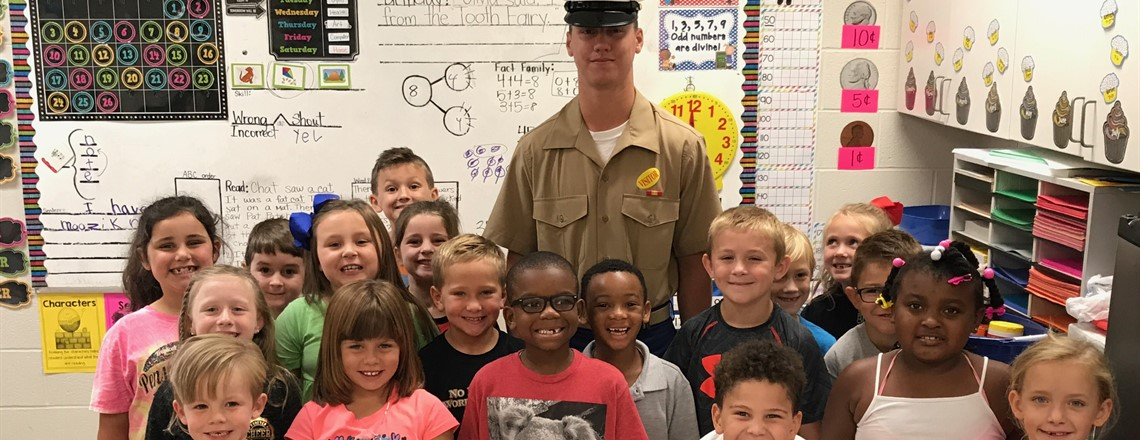 Soldier Kane visits Mrs. Mindy's class!