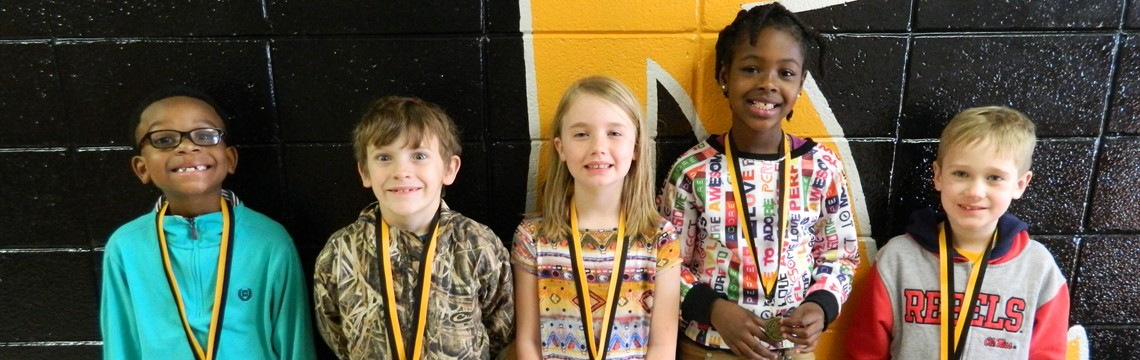 1st and 2nd Grade Science Fair Winners!
