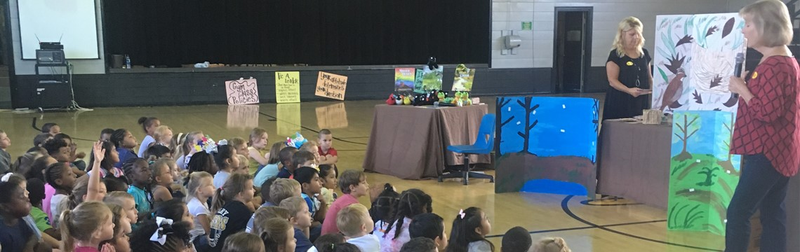 Local author, Beverly Gunter, visits RES!