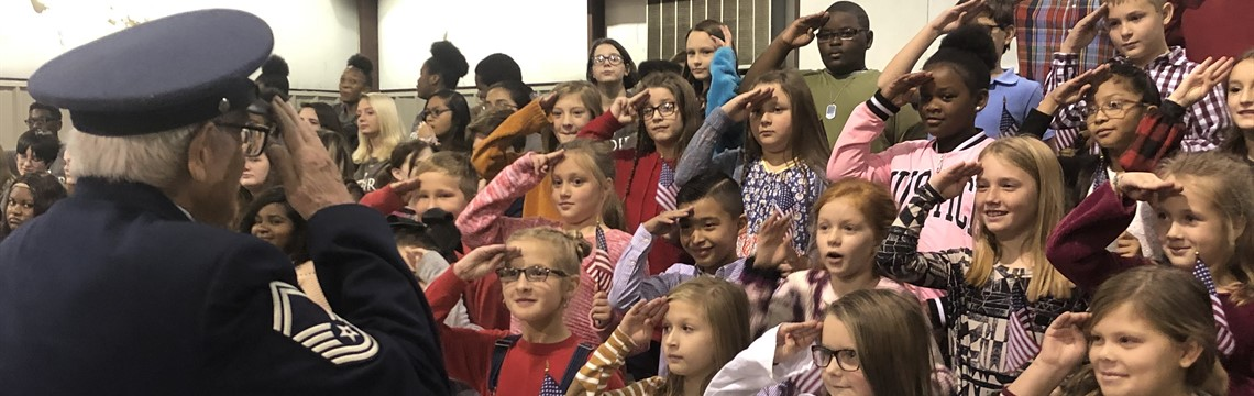 RES Music Students perform at Veterans Day Program!